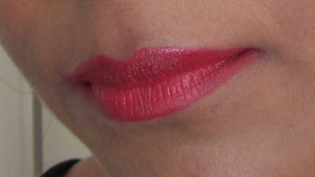 Dramatic Glamour lips - Max Factor Colour Elixir Lip Liner in 10 Red Rush with Max Factor Colour Elixir Lipstick in 715 Ruby Tuesday