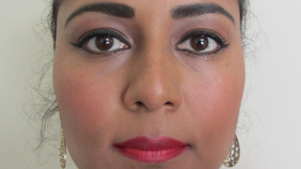 Dramatic Glamour with rosy cheeks full face