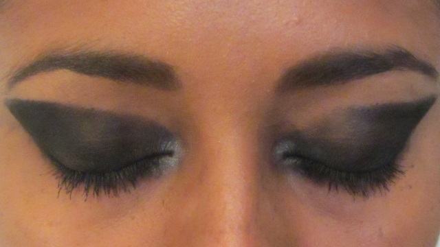 Red Carpet Winged Eyes - one eye in progress!
