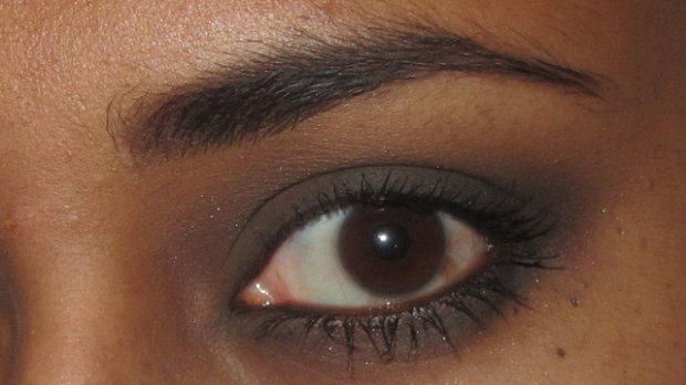 Attempted smoky eye using all of the colours with dark brown brows, Benefit They're Real and Lancôme Le Crayon Khol on the waterline