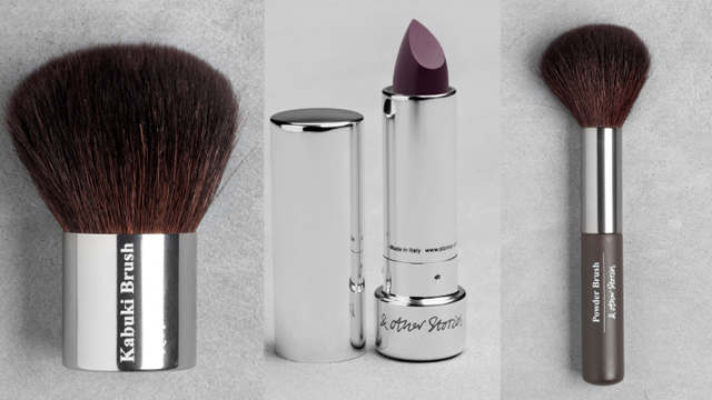 Kabuki brush, Drouget Purple lipstick, powder brush