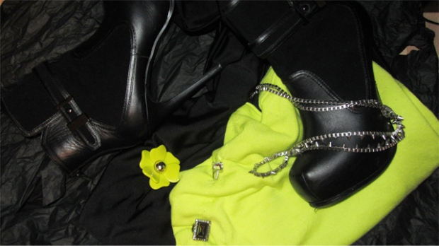Outfit to Match the Face: January 2014