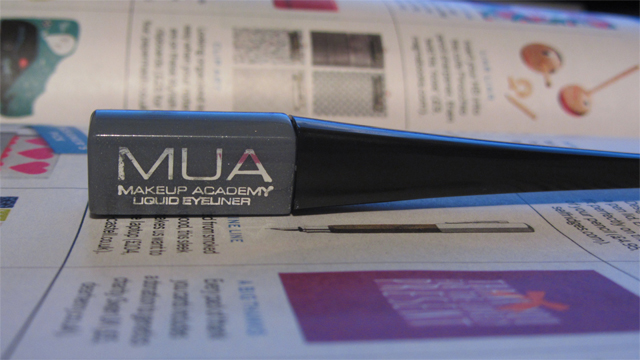 MUA Liquid Eyeliner in Shade 4