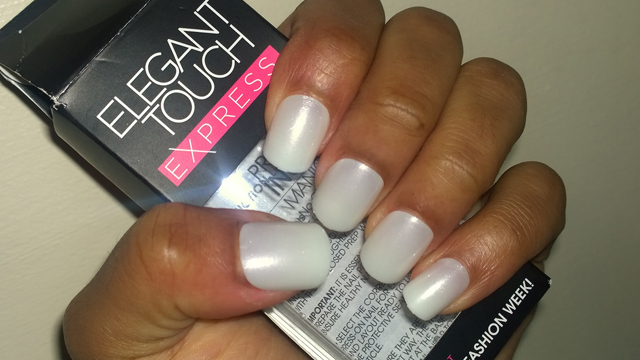 Elegant Touch Express Nails in Polished Pearl White