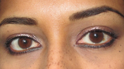 Quick Copper Smokey Eyes With Makeup Revolution open eyes
