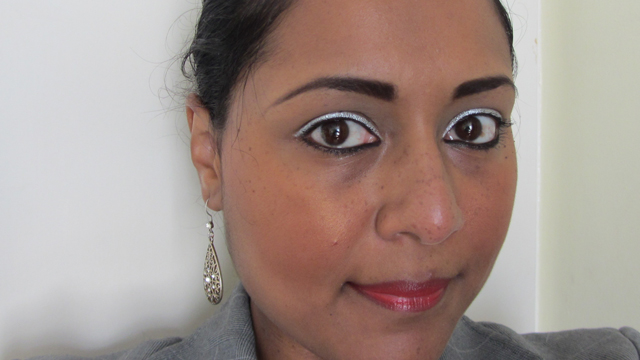 Bright Silver Eyes With Red Rosy Lips - full face