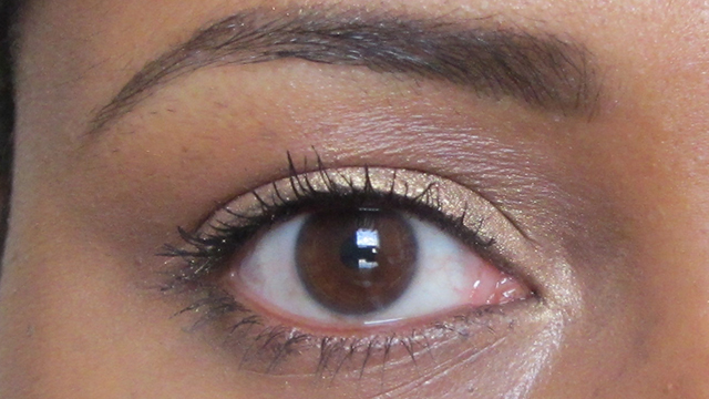 Estee Lauder Sumptuous Extreme Mascara in Extreme Black with Anita Grant Mineral Eyeshadow in Ginger Peach