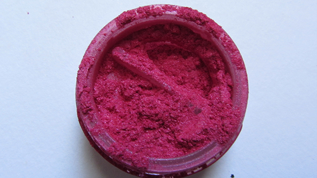 Anita Grant Mineral Eyeshadow in Dragon fruit