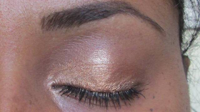 Kiko Luxurious Lashes Waterproof Mascara with Anita Grant Mineral Eyeshadow in Tiramisu
