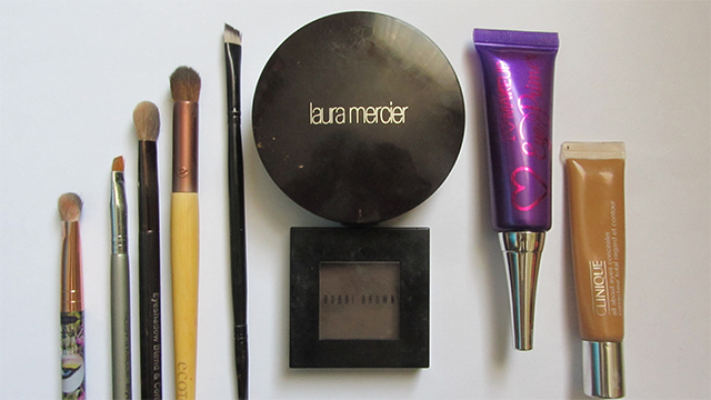Behind the scenes: Mini mascara and Anita Grant reviews- the kit