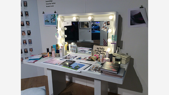 "Stylist Live: the ""beauty desk"", my ideal workspace!"