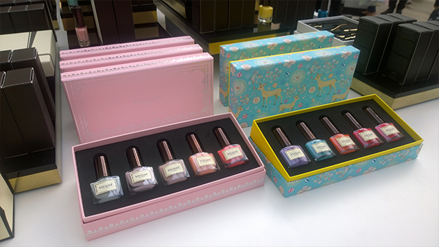 Soigne limited edition gift sets Macaron Collection and Fruit Marbles Collection