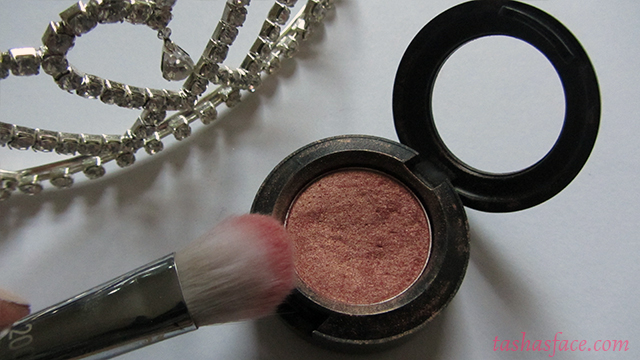 tiara mac eyeshadow expensive pink real techniques 200 brush bold metals