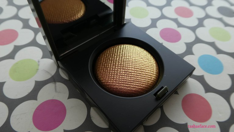 Bobbi Brown Camo Luxe Eyeshadow in Incandescent